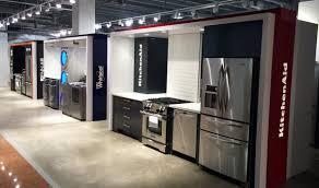 Kitchen Aid Kitchen Appliances Hbc Whirlpool Jenn Air Kitchen Aid Appliance Vignettes