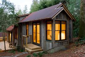 A handcrafted rustic guest cabin | Dotter & Solfjeld | Small House Bliss