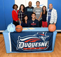 """Briana Wade on Twitter: """"It's OFFICIAL! My brother signed his LOI to play  D1 basketball at @DuqMBB #GoDukes #SignedOnTheDottedLine ❤️💙🏀❤️💙🏀… """""""