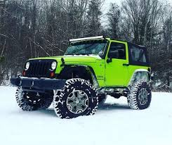 lime green jeep wrangler beautiful lime green 2 door in the jeep jk jeep o