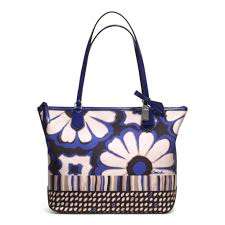 Lyst - Coach Poppy Floral Scarf Print Small Tote in Blue