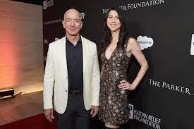 MacKenzie Bezos: Ex-Frau von Amazon ...