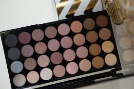 makeup revolution eyeshadow palette flawless reviewmakeup ultra 32 shade in and review