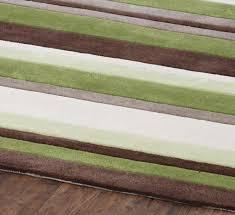 hong kong 2022 stripes green brown