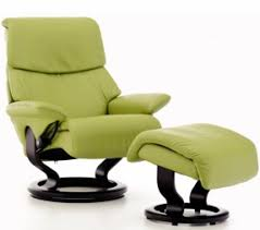 ... Single Most Comfortable Lounge Chair Classic White Themes Ideas Black  Below Legs Round ...