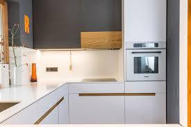 Kleine Weiße Küche Weise Punkte In Der Kuche Milben Weisse Maden