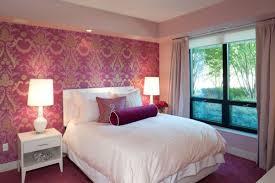 Captivating Wunderschöne Schlafzimmer Rosa Wandverkleidung Lampe Nachttisch Bett