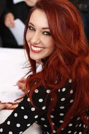 Haarfarbe Rot Kupfer Lange Haare Mit Stufenschnitt Frühlingstyp