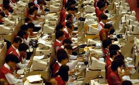 cramped office space. Shrinking Offices Affect Productivity? Cramped Office Space A