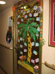 grinch stole christmas office decorations. christmas door decorating idea 2010 550x733 ideas grinch stole office decorations s