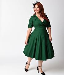 Vintage clothing for plus size women
