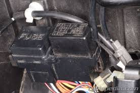 fuses and relays cyclepedia suzuki sv650 online service manual Horn Wiring Harness Location Sv650 note some models require the removal of the passenger seat to access the turn signal side stand relay Engine Wiring Harness