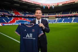 ليونيل ميسي ينتقل رسميًا إلى باريس سان جيرمان الفرنسي - صحيفة البلاد