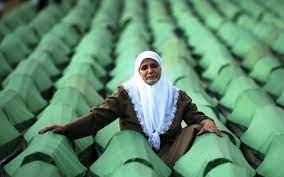 Srebrenitsa'da katledilenler katliamın 26'ncı yılında anılıyor