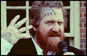 Tatuajes faciales: enfrentando los prejuicios