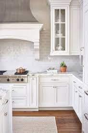 110 Lovely White Kitchen Cabinet Design Ideas Kitchendesign Kitchenideas Kit C White Kitchen Design Farmhouse Kitchen Design White Farmhouse Kitchens