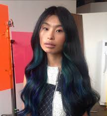37 Colors Of The Hair