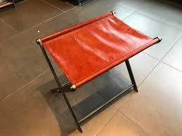 leather luggage rack img 9246