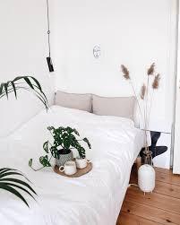 Schlafzimmer Bett Pflanzen Deko Schlafzimmerdek