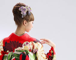 成人式の髪型2019シンプルで清楚なおすすめヘアスタイル3選 Topila