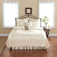 Bed Quilts And Coverlets – boltonphoenixtheatre.com & ... Bed Bath And Beyond Quilts And Bedspreads Twin Bed Quilts And Bedspreads  Buying Guide To Quilts Adamdwight.com