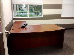 functional office furniture. traditional and functional office furniture pieces were used to fill the space with all essentials