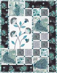 Free Downloadable Quilt Patterns & free quilt pattern courtesy of Hoffman Fabrics. Paisley Peacock by Hoffman  Fabrics.
