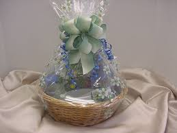 picture of wrapped cooking gift basket