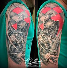 татуировка спартак на плече Chillout Tattoo Workshop