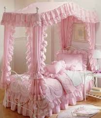 Princess Decor For Bedroom Princess Bedrooms Canopy Bed With Ruffle Bedding Furniture For
