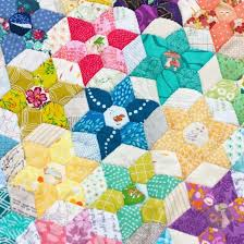 This EPP quilt pattern makes a great table runner, wall hanging ... & This EPP quilt pattern makes a great table runner, wall hanging, or even a Adamdwight.com