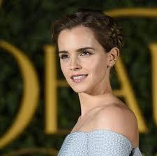 La Coiffure D Emma Watson Pour La Promo De La Belle Et La B Te