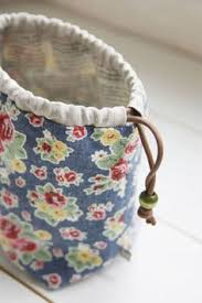 how to make a reversible drawstring bag diy pattern tutorial you can carry your