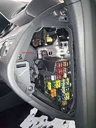 corsa utility fuse box fixya where is the indicator relay located in the fuse box