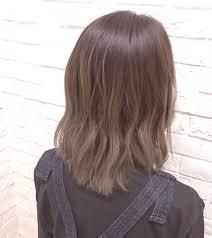 アースカラーを髪色にもヘアスタイルもナチュラル可愛く Hair
