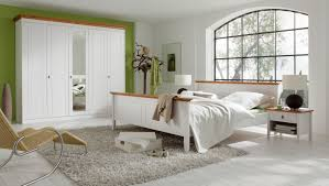 Landhausstil Schlafzimmer In Weiss