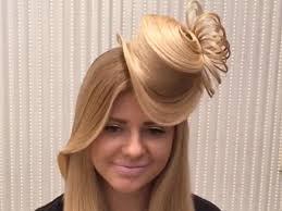Irre Frisur Ein Hut Aus Haaren Ernsthaft Ja Und So Wird S