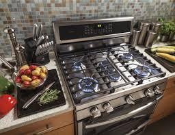 Gas Kitchen Appliances Ge Freestanding Ranges Have The Edge Ge Appliances Pressroom