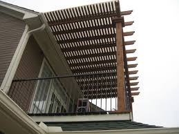 Wooden pergola design for balcony