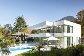 Modern house M
