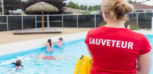 """Résultat de recherche d'images pour """"sauveteur piscine"""""""