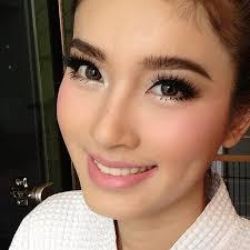 nongchat webinstgrm web interface for insram makeup look thailand asian
