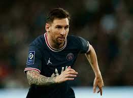 Messi makes PSG home debut as Icardi strikes late to tame Lyon