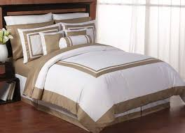 hotel spa white and taupe duvet