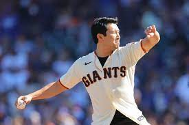SF Giants News: Simu Liu threw out ...