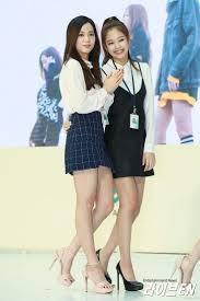 Jisoo and Jennie//BlackPink
