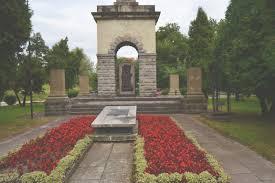 Znalezione obrazy dla zapytania pomniki armii czerwonej nowy sacz zdjęcie