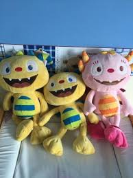 henry hugglemonster talking teddy and non talking henry also summer also talks