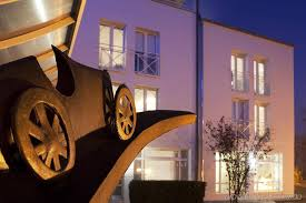 Find the travel option that best suits you. Hotel Le Bugatti
