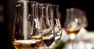 1920x1000 wine glasses